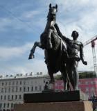 Санкт-Петербург.  Аничков мост. Укротитель коней