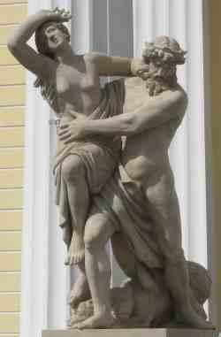 Похищение Прозерпины Плутоном. Здание Горного университета (Санкт-Петербург)