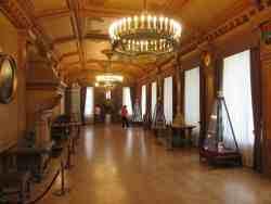 Гербовый зал. Тверская областная картинная галерея (Тверь)