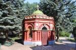 Печоры. Псково-Печерский Свято-Успенский мужской монастырь. Живоносный источник