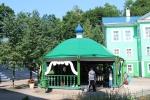 Печоры. Псково-Печерский Свято-Успенский мужской монастырь. Святой источник