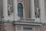 Санкт-Петербург. Здание Академии художеств. Статуи Геракла и Флоры