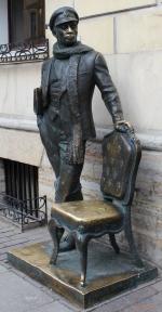 Санкт-Петербург. Итальянская улица. Памятник Остапу Бендеру