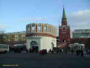 Кутафья и Троицкая башни Московского Кремля (Москва)