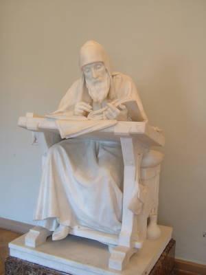 Нестор Летописец, автор «Повести временных лет», скульптура работы М. Антокольского, 1890 г.
