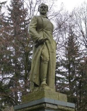 Кисловодск. Памятник Феликсу Дзержинскому