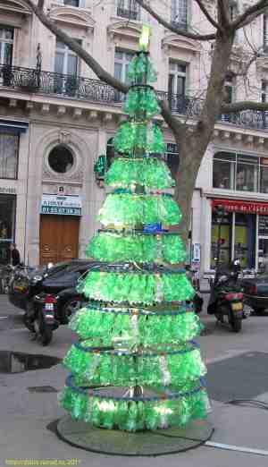 Новый год. Елка из пластиковых бутылок