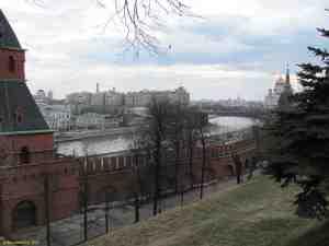 Московский кремль. Вид на Кремлевскую набережную