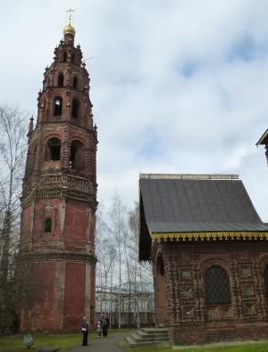 Ярославль. Церковь Иоанна Предтечи в Толчкове. Колокольня