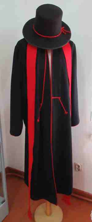Мужской и женский эстонские костюмы. Дом-музей А. Х. Таммсааре (Эстосадок)