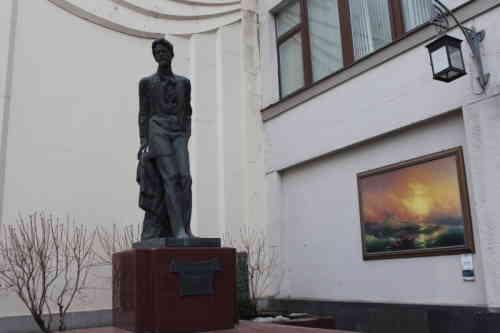 Камергерский переулок. Памятник Чехову А.П. (2014 г.)