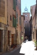 Aups. Улица Rue de l'horloge