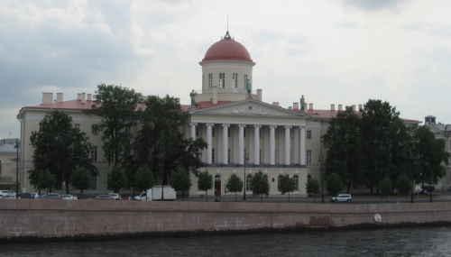 Пушкинский дом (Санкт-Петербург)