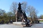 Кронштадт. Памятник адмиралу С.О. Макарову