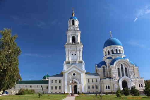 Мужской монастырь Успения Пресвятой Богородицы Калужская Свято-Тихонова Пустынь