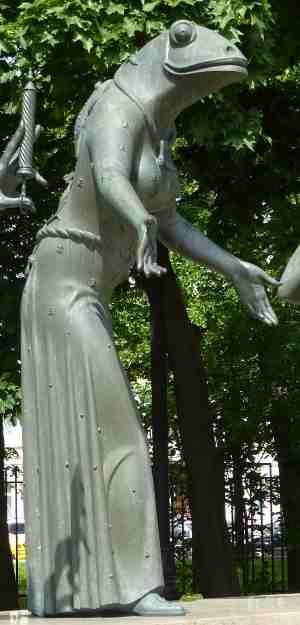 Проституция. Дети — жертвы пороков взрослых, Скульптурная композиция М. М. Шемякина (Москва)