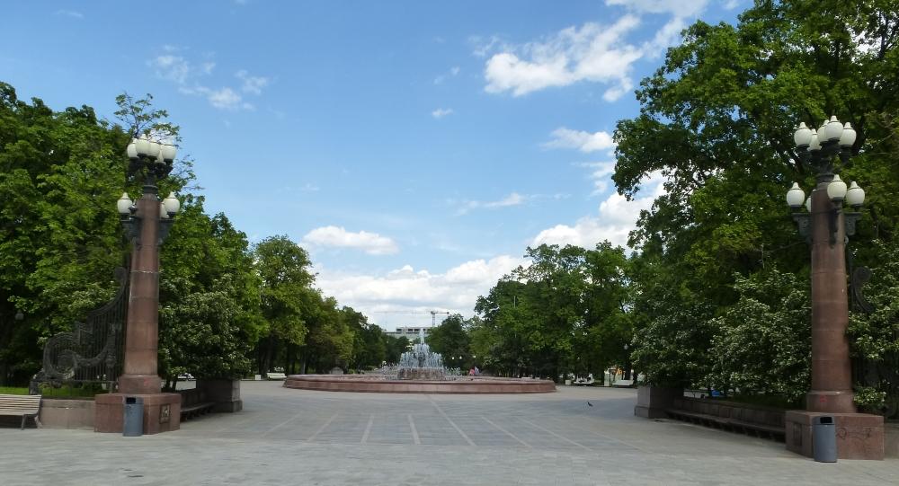 Москва. Болотная площадь
