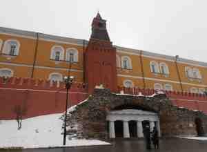 Московский кремль. Средняя Арсенальная башня (Граненая)